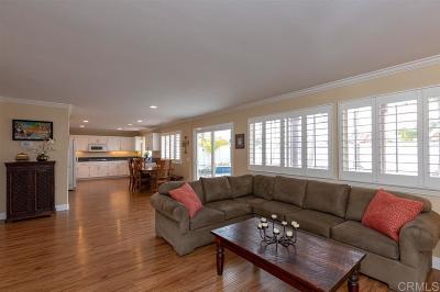 Oceanside Single Family Home For Sale: 455 Lexington Circle