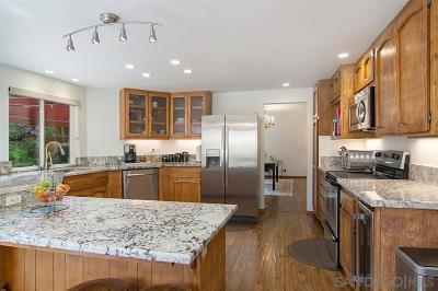 Bonita Single Family Home For Sale: 906 Wrangler Ct.