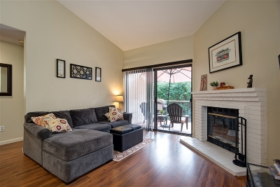 Carlsbad Attached For Sale: 3523 Somerset Way