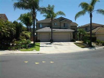 Carlsbad Single Family Home For Sale: 2807 Vista Mariana