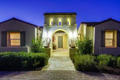 Single Family Home For Sale: 12054 Via Trevi