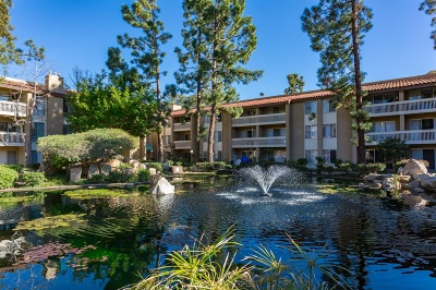 Pacific Beach, Pacific Beach Sail Bay, Pacific Beach, North Pacific Beach, Pacific Beach/Crown Point Attached For Sale: 4600 Lamont St. #220