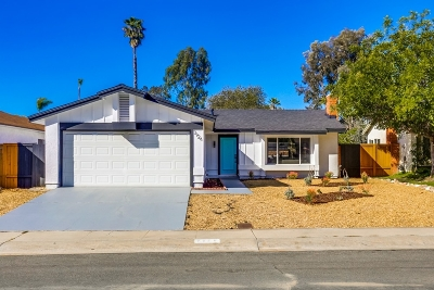 San Diego Single Family Home For Sale: 7926 Flanders Dr
