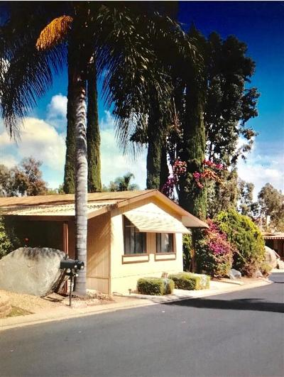 Escondido Mobile/Manufactured For Sale: 1751 Citracado Pkwy. #254