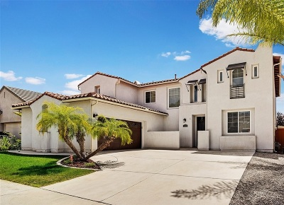 Chula Vista Single Family Home For Sale: 1470 Heatherwood Ave