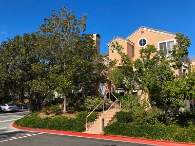 San Diego County Townhouse For Sale: 12992 Carmel Creek Rd. #167