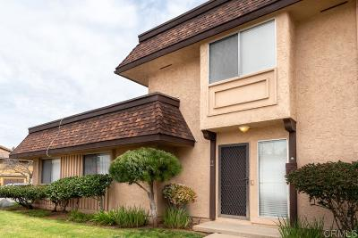 Escondido Townhouse For Sale: 2121 E Grand Ave #A2