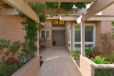 San Diego CA Attached For Sale: $1,110,000