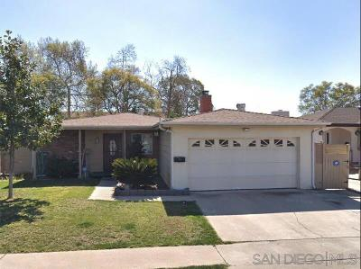 San Diego Single Family Home For Sale: 6911 Eberhart St