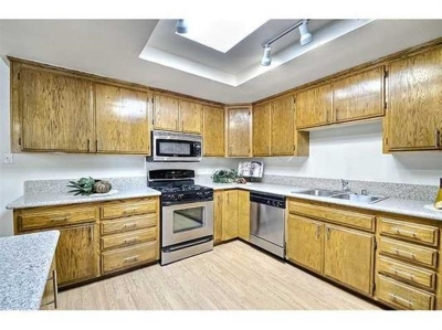 Rental For Rent: 1135 N Goldenrod St