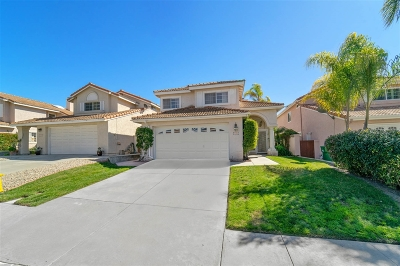 Oceanside Single Family Home For Sale: 3215 San Helena Drive