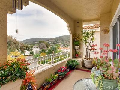 San Marcos Attached For Sale: 1642 Via Caminar