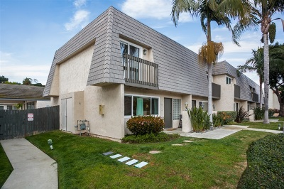 Solana Beach Townhouse For Sale: 831 Valley Ave