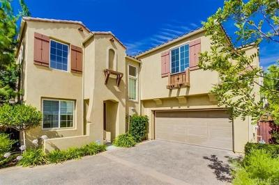 San Marcos Single Family Home For Sale: 912 Mira Lago Way