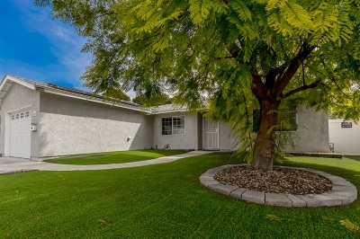 Santee Single Family Home For Sale: 9639 Cecilwood Drive