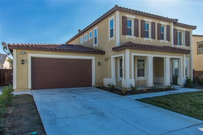 Riverside County Single Family Home For Sale: 27844 Huron Ct
