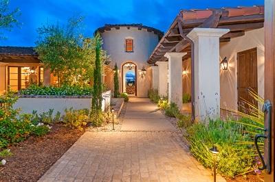 San Diego Single Family Home For Sale: 7809 Entrada De Luz East