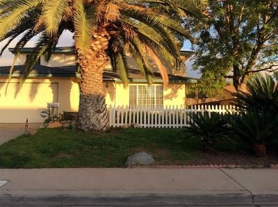Santee Single Family Home For Sale: 10143 Carreta Dr