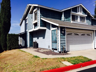 San Diego Townhouse For Sale: 5236 Caminito Cachorro