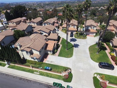 Carlsbad Multi Family 5+ For Sale: 2838-2906 Unicornio St