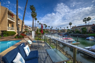 Carlsbad Attached For Sale: 4637 Park Dr #2