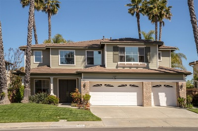 Carlsbad Single Family Home For Sale: 3452 Corte Sonrisa