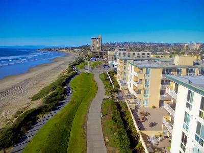 Pacific Beach, Pacific Beach Sail Bay, Pacific Beach, North Pacific Beach, Pacific Beach/Crown Point Attached For Sale: 4627 Ocean Blvd #220