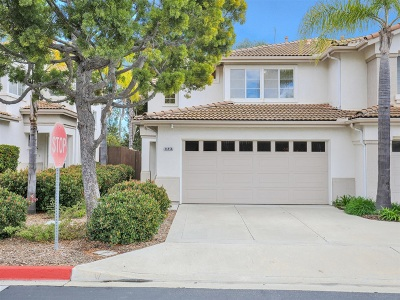 Oceanside Townhouse For Sale: 4685 Los Alamos #A
