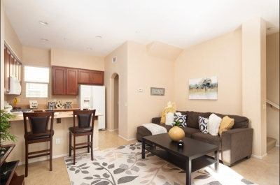 San Marcos Townhouse For Sale: 473 Almond