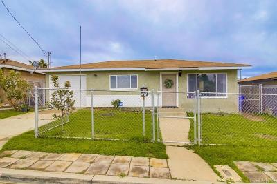 San Diego Single Family Home For Sale: 5763 Roanoke St
