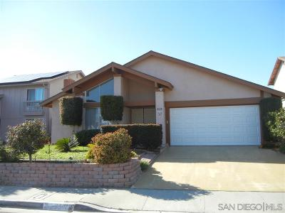 San Diego Single Family Home For Sale: 8238 Calle Pino
