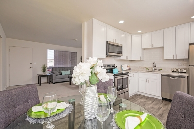 San Diego County Attached For Sale: 279 Moss Street #28