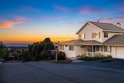 Oceanside Single Family Home For Sale: 1724 Laurel Rd