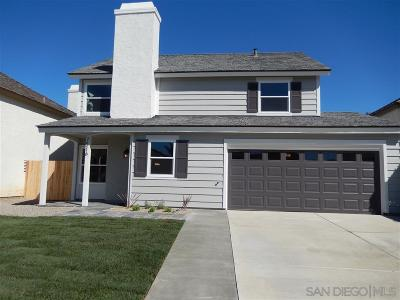Carlsbad Single Family Home For Sale: 7516 Brava St