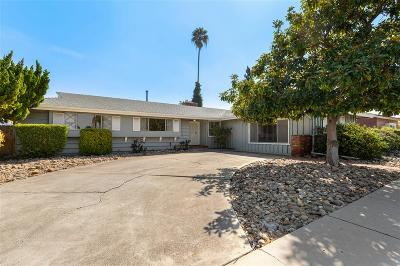 San Diego Single Family Home For Sale: 5851 Hampton Ct