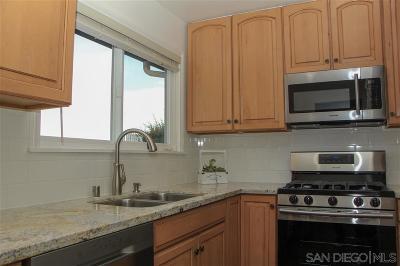 San Diego County Condo For Sale: 4539 W Golden Ridge Drive - > N - Havenwood #4539
