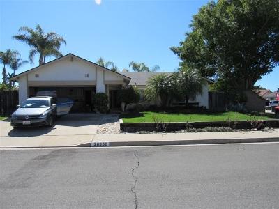 Mission Viejo Single Family Home Contingent: 26852 Avenida Domingo