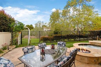 San Diego Single Family Home For Sale: 5140 Caminito Exquisito
