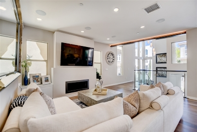 Single Family Home Contingent: 8345 Summit Way