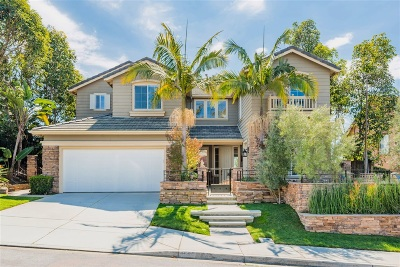 Carlsbad Single Family Home For Sale: 1585 Corte Orchidia