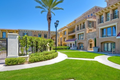 La Jolla Attached For Sale: 1020 Genter St #202