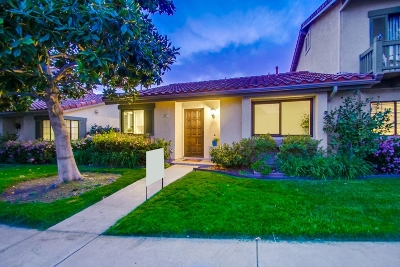 Carlsbad Townhouse For Sale: 6827 Pear Tree Dr