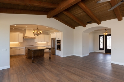Valley Center Single Family Home For Sale: 31507 Stanford