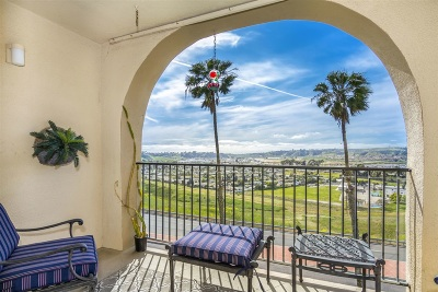Oceanside Attached For Sale: 3606 Vista Rey #50