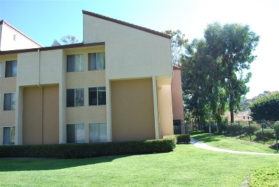 Carlsbad Attached For Sale: 2382 Hosp Way #144