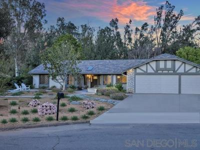 Poway Single Family Home For Sale: 15717 Riverbend Ct