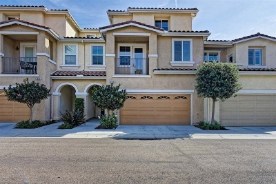 Carlsbad Townhouse For Sale: 6930 Tourmaline Pl