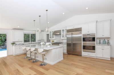 La Jolla Single Family Home For Sale: 6621 Avenida De Las Pescas