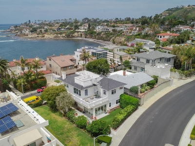 La Jolla Single Family Home For Sale: 5735 Dolphin Place