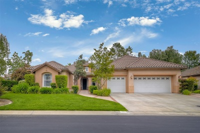 Fallbrook Single Family Home For Sale: 2110 Berwick Woods